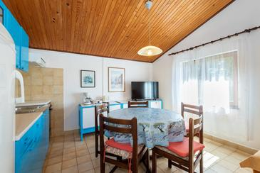 Rabac, Dining room in the apartment, WiFi.