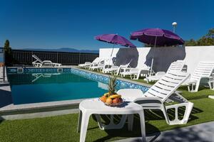 Ferienwohnungen mit Pool Crikvenica - 12116