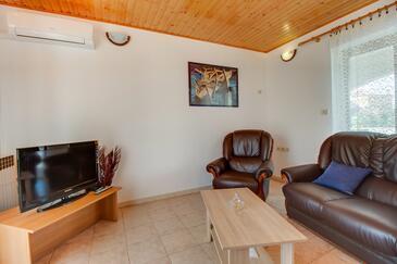 Nerezine, Dnevni boravak u smještaju tipa apartment, dostupna klima i WiFi.