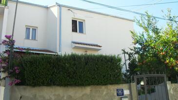 Trogir, Trogir, Objekt 12152 - Ubytovanie s kamienkovou plážou.