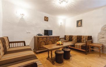 Fažana, Obývací pokoj v ubytování typu apartment, domácí mazlíčci povoleni a WiFi.