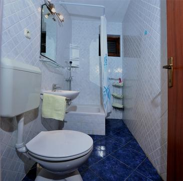 Bathroom 2   - K-12212