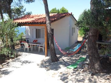 Milna, Brač, Property 12229 - Vacation Rentals with rocky beach.