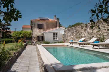 Osor, Lošinj, Объект 12230 - Дом для отдыха вблизи моря с галечным пляжем.