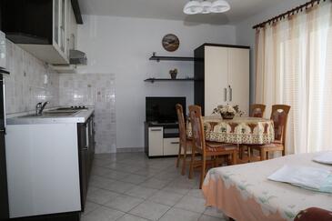 Milna, Столовая в размещении типа apartment, WiFi.