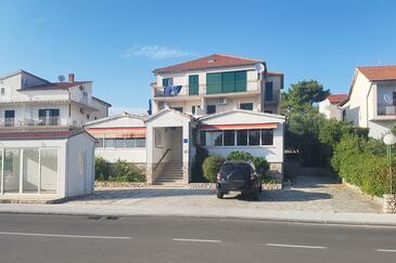 Solaris, Šibenik, Imobil 12269 - Apartamente și camere cu plajă cu pietriș.