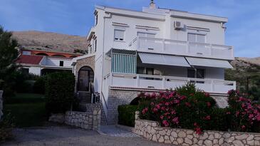 Pag, Pag, Объект 12301 - Апартаменты с галечным пляжем.