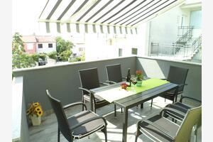Апартаменты и комнаты с парковкой Цриквеница - Crikvenica - 12305