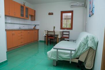Sukošan, Kuchyně v ubytování typu apartment, domácí mazlíčci povoleni a WiFi.