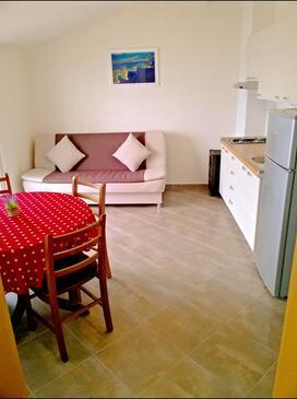 Virak, Obývacia izba v ubytovacej jednotke apartment, WIFI.