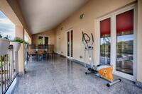 Апартаменты с парковкой Komiža (Vis) - 12325