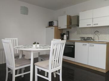 Smoljanac, Jídelna v ubytování typu apartment, s klimatizací a WiFi.