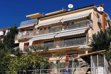 Rabac, Labin, Objekt 12368 - Apartmani i sobe sa šljunčanom plažom.