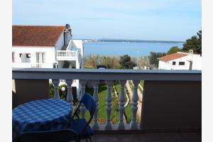 Apartments by the sea Tkon (Pašman) - 12394
