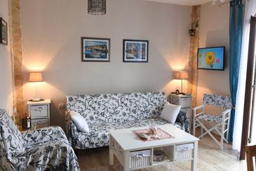 Vis, Obývací pokoj v ubytování typu apartment, WiFi.
