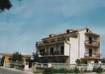 Brodarica, Šibenik, Property 12405 - Apartments in Croatia.