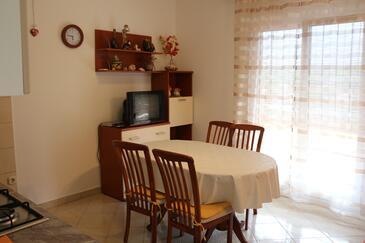 Basina, Jadalnia w zakwaterowaniu typu apartment, zwierzęta domowe są dozwolone i WiFi.