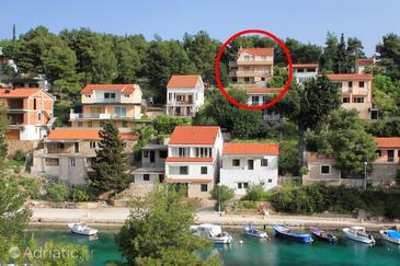 Basina, Hvar, Property 12420 - Apartments with pebble beach.