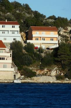 Zaklopatica, Lastovo, Property 12452 - Apartments by the sea.