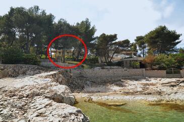 Slatine, Čiovo, Alloggio 12491 - Appartamenti affitto vicino al mare con la spiaggia rocciosa.