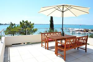 Apartments by the sea Vrsi - Mulo (Zadar) - 12519