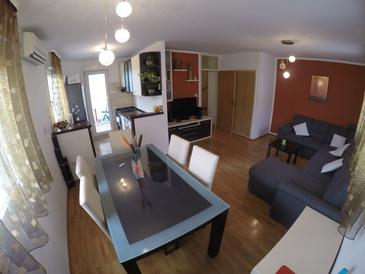 Omiš, Living room in the apartment, (pet friendly) and WiFi.
