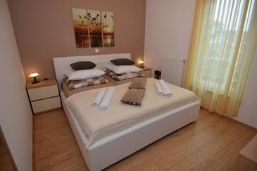 Bedroom    - A-12573-c