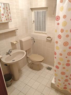 Bathroom 2   - K-12615