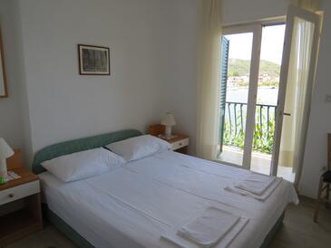 Bedroom    - K-12615
