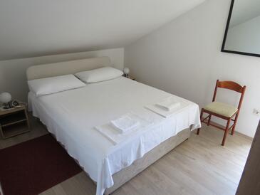 Bedroom 4   - K-12615
