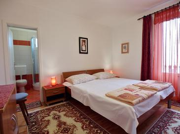 Rab, Schlafzimmer in folgender Unterkunftsart room, dostupna klima i WIFI.