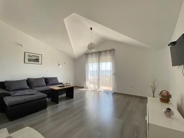Maslenica, Obývací pokoj v ubytování typu apartment, s klimatizací a WiFi.