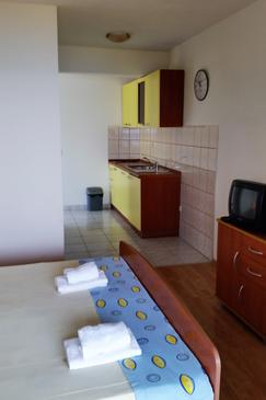 Ivan Dolac, Kitchen in the studio-apartment, (pet friendly) and WiFi.