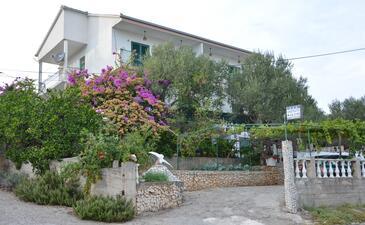 Poljica, Trogir, Objekt 12653 - Ubytování v blízkosti moře s oblázkovou pláží.