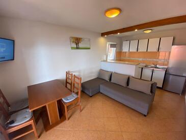 Tvrdni Dolac, Obývací pokoj v ubytování typu apartment, WIFI.