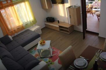Sveti Juraj, Obývací pokoj v ubytování typu apartment, s klimatizací a WiFi.