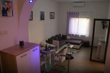 Sveti Juraj, Pokój dzienny w zakwaterowaniu typu apartment, Dostępna klimatyzacja i WiFi.