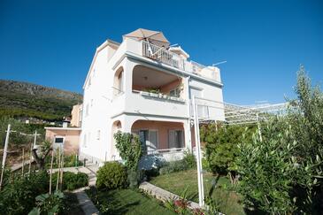 Podstrana, Split, Объект 12664 - Апартаменты с галечным пляжем.