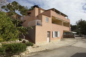 Mavarštica, Čiovo, Property 12696 - Apartments near sea with pebble beach.