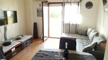 Medulin, Obývací pokoj v ubytování typu apartment, dostupna klima i WIFI.