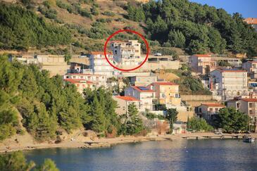 Stanići, Omiš, Hébergement 12723 - Appartement à proximité de la mer avec une plage de galets.