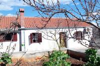 Apartments with a parking space Savar (Dugi otok) - 12762