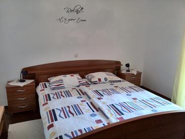 Kampor, Спальня в размещении типа room, доступный кондиционер, Домашние животные допускаются и WiFi.