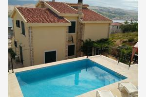 Family friendly apartments with a swimming pool Паг - Pag - 12795