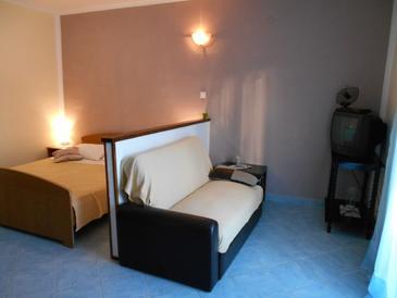 Slatine, Obývacia izba v ubytovacej jednotke room, WIFI.