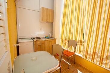 Podgora, Cuisine dans l'hébergement en type studio-apartment, WiFi.