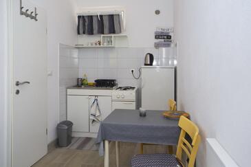 Podgora, Kuchyně v ubytování typu studio-apartment, WiFi.