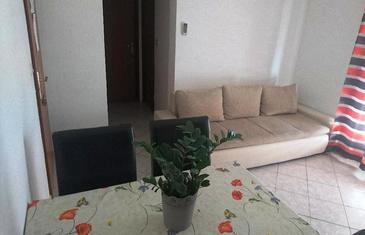 Lumbarda, Living room in the apartment, (pet friendly) and WiFi.