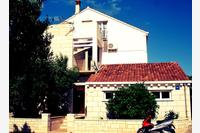Apartments by the sea Lumbarda (Korčula) - 12839