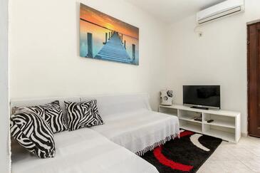 Split, Obývací pokoj v ubytování typu studio-apartment, s klimatizací a WiFi.
